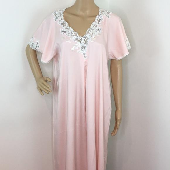 Natori Other - VINTAGE NATORI Pink Long Gown
